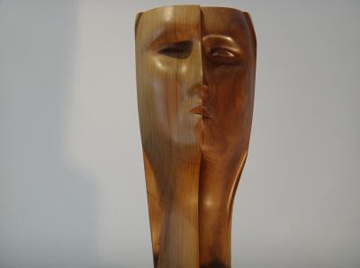 2- Dreamer,Walnut, 34cm