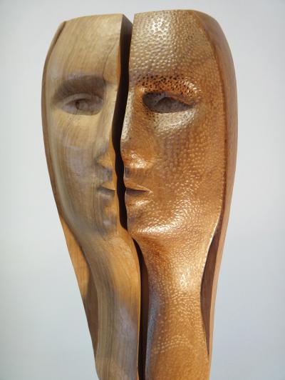 Contrast, Walnut Wood, 38.5 cm.