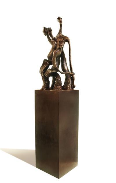 Struggle  36 x 17 x 20 cm, E.A. Bronze