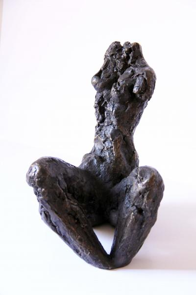Woman turning right, Bronze 2/8, 28x21x35cm