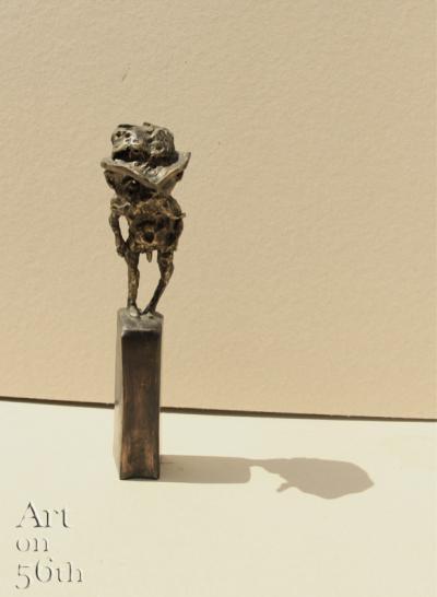 Untitled 22, 2017, Bronze, 34 x 7 cm
